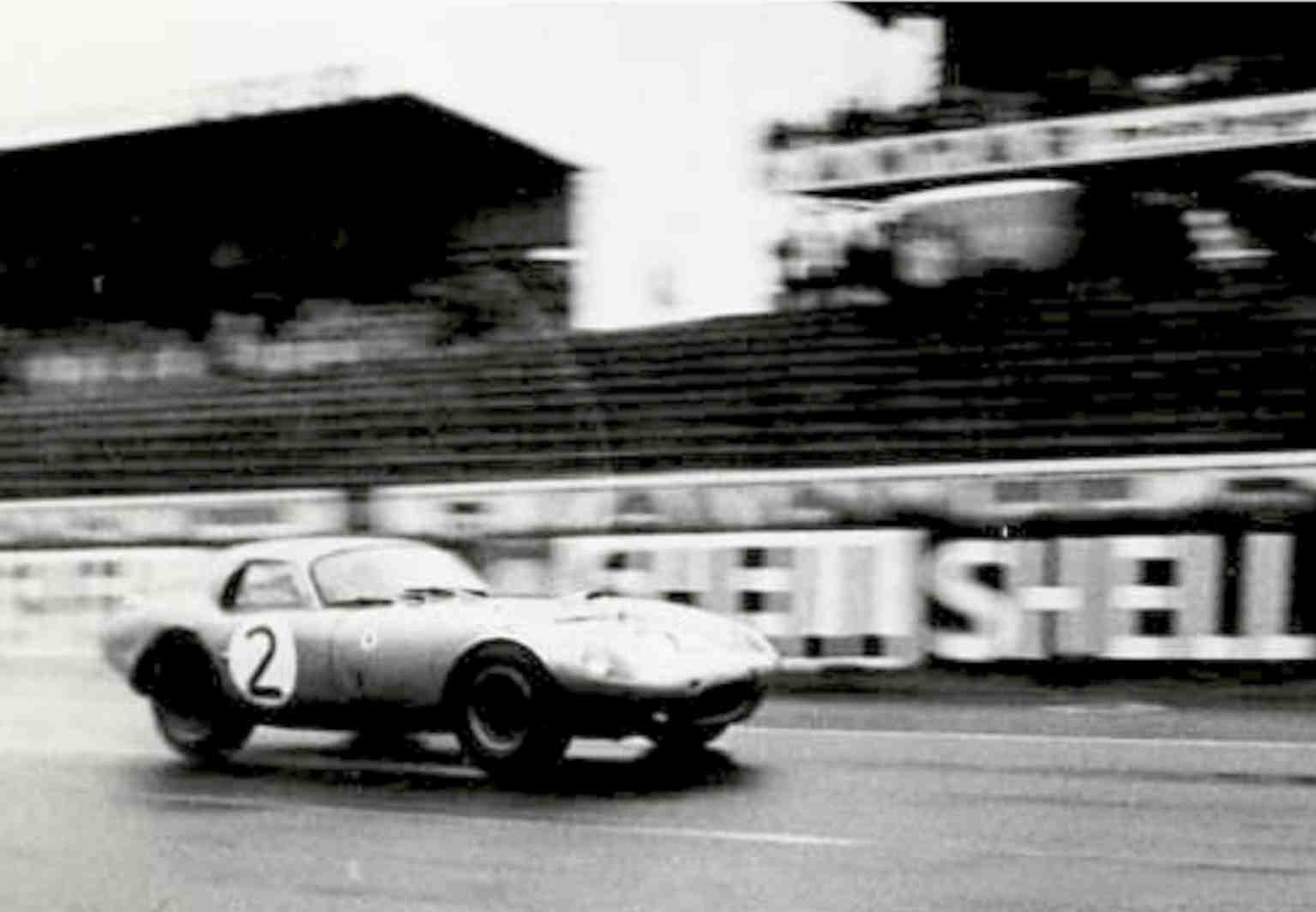 le mans test day rain 1964